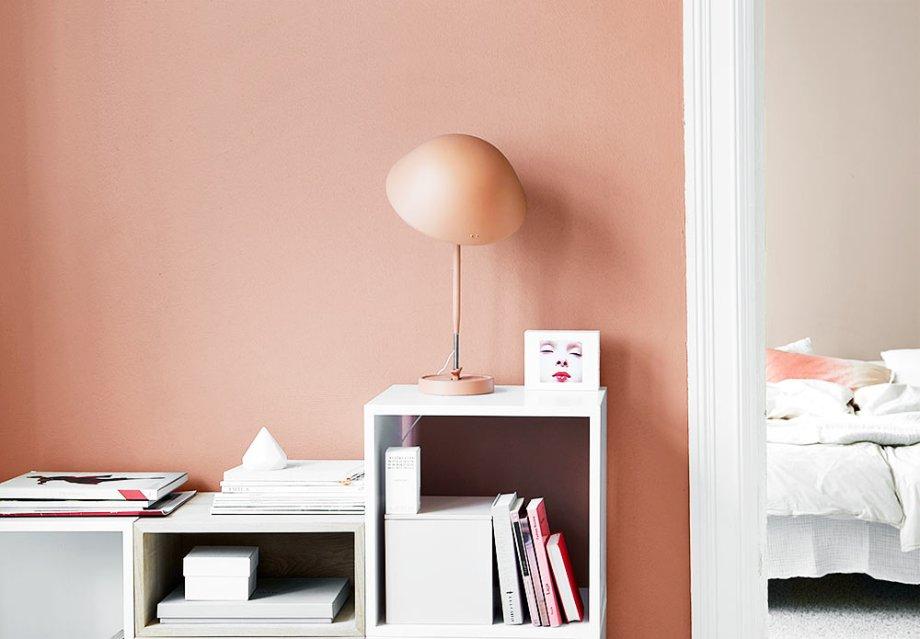 jotun-1-vegg-2856-warm-blush-og-vegg-bak-10580-soft-skin